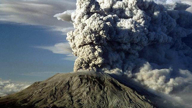 Las erupciones volcánicas liberan grandes concentraciones de dióxido de carbono hacia la atmósfera.