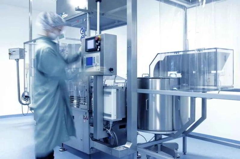 Algunas de las aplicaciones que emplean el proceso de filtración es la recuperación de soluciones de limpieza ya usadas.
